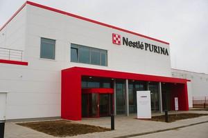 Nestle zainwestowało w Polsce w ciągu 10 lat ponad 2 mld zł