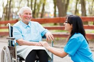 W Polsce szybko rośnie liczba osób powyżej 80. roku życia