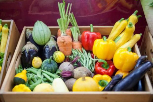 Spada spożycie owoców i warzyw