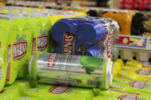 Polacy kupują piwo głównie w małych sklepach