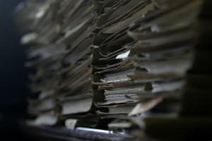 Pracodawcy nie chcą przechowywać dokumentów przez 50 lat