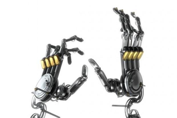 Sklep internetowy inwestuje w roboty