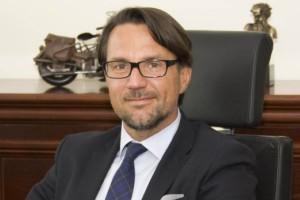 Brak silnego lidera supermarketowego w Polsce zaskakuje