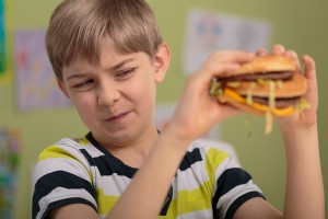 Co dzieci kupią w szkole? Rozporządzenia jak nie było, tak nie ma