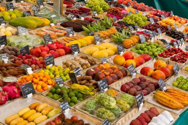 Ceny owoców i warzyw na Rynku w Broniszach