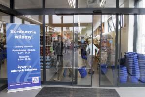 Zdjęcie numer 12 - galeria: Aldi otwiera w Warszawie. Będą kolejne sklepy w stolicy - galeria zdjęć