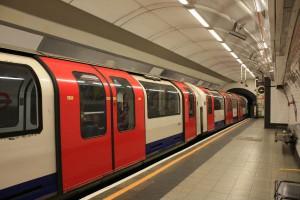 Tesco i Sainsbury: Click&collect nie w metrze