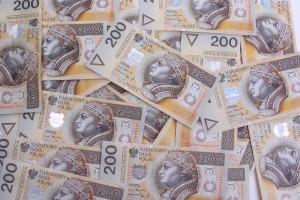 Firmy z zagranicy płacą mniej podatków