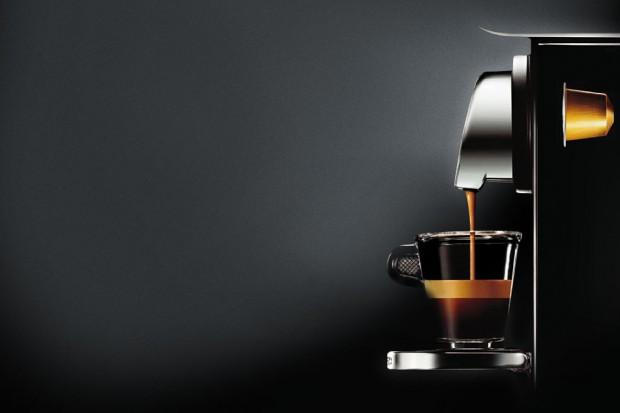 Zwiększają się wydatki Polaków na porcjowaną kawę z ekspresu