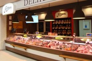 Coraz mniej chętnych do pracy w sklepie mięsnym