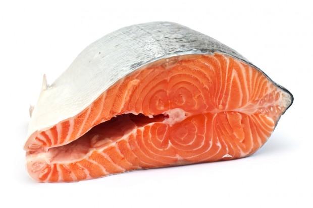 Wzrost produkcji wędzonych łososi