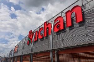Auchan i Schiever wynajmują powierzchnię w ośmiu centrach handlowych