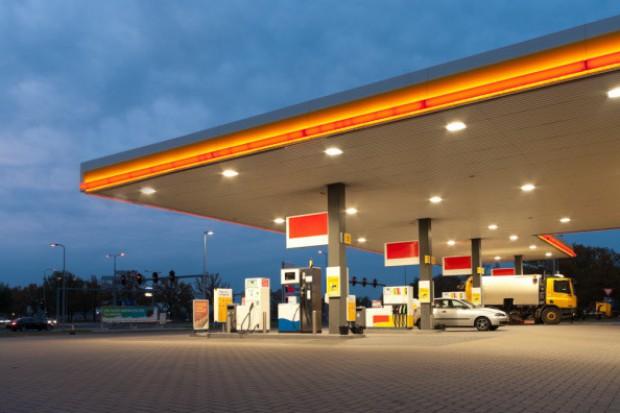 Możliwe spadki cen paliw