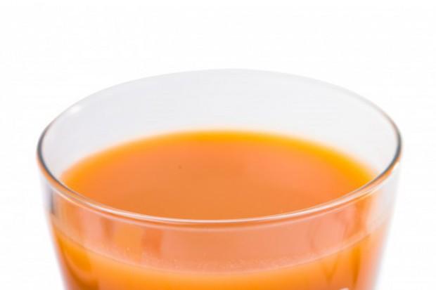 Spożywanie soków owocowych nie sprzyja otyłości