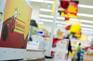 Biedronka skutecznie walczy z deflacją i konkurencją. Sprzedaż sieci w górę