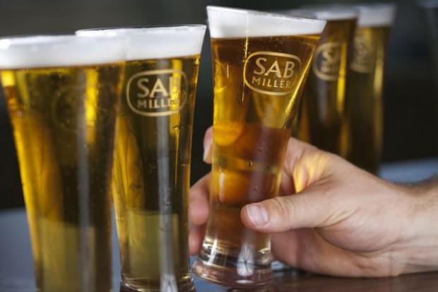 Sprzedaż piwa SABMiller dotknięta przez spór z Żabką