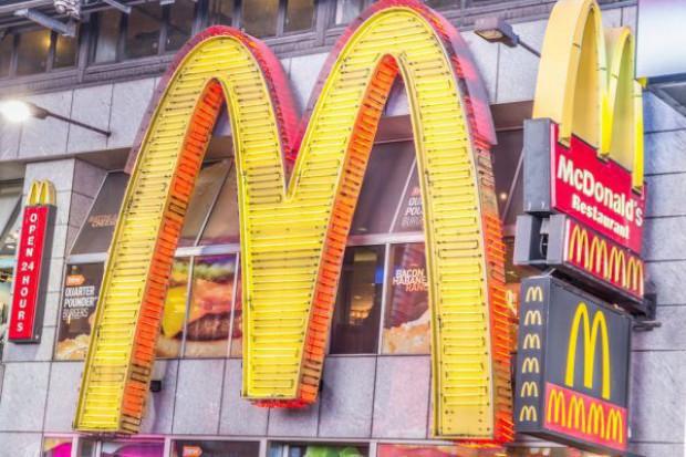 Milioner Rafał Sonik do młodzieży: McDonalds'y mają swoją społeczną rolę