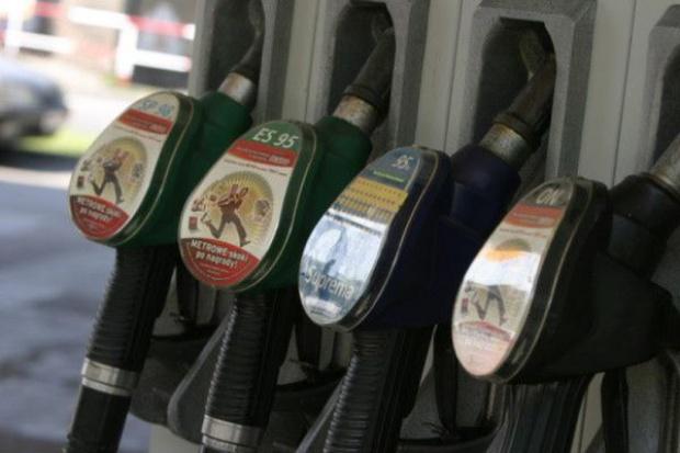 Ceny paliw na stacjach będą spadać