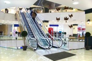 Centra handlowe sięgają po nowe formy przyciągania klientów