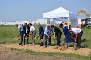 Rusza budowa nowe hali produkcyjnej Hoop Polska w Kutnie