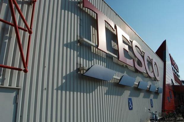 Tesco sprzedaje grunty pod zabudowę komercyjną