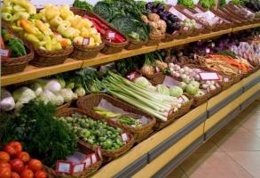 Owoce i warzywa są droższe niż przed rokiem