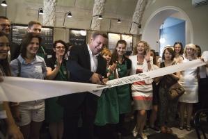 Zdjęcie numer 3 - galeria:  Starbucks otworzył 40. kawiarnię w Polsce - fotogaleria