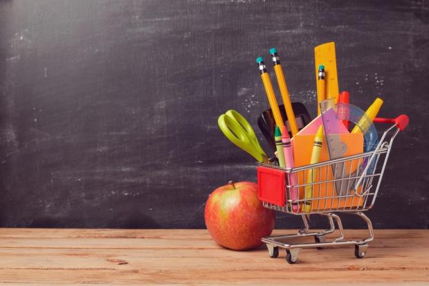 Minister edukacji chwali przepisy dot. sprzedaży żywności w szkołach