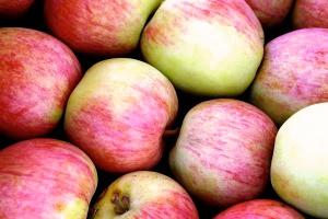 Owoce i warzywa zamiast śmieciowej żywności