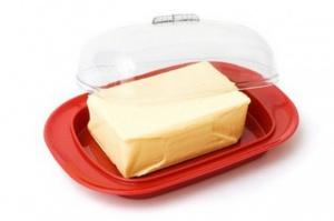 Ceny masła w UE najniższe od sierpnia 2012 roku