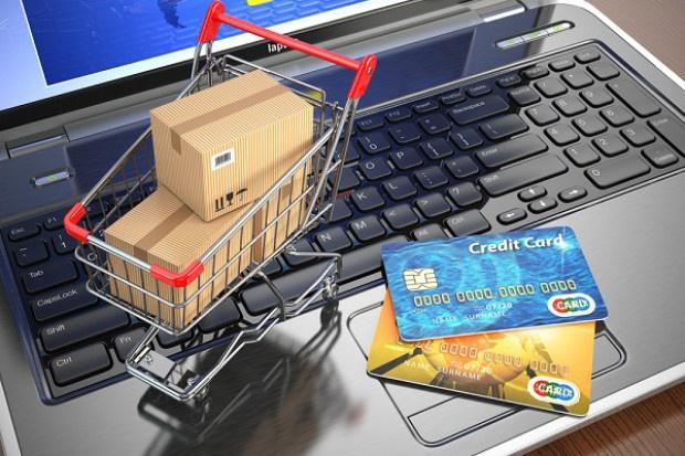 E-zakupy coraz częściej w mniejszych miejscowościach
