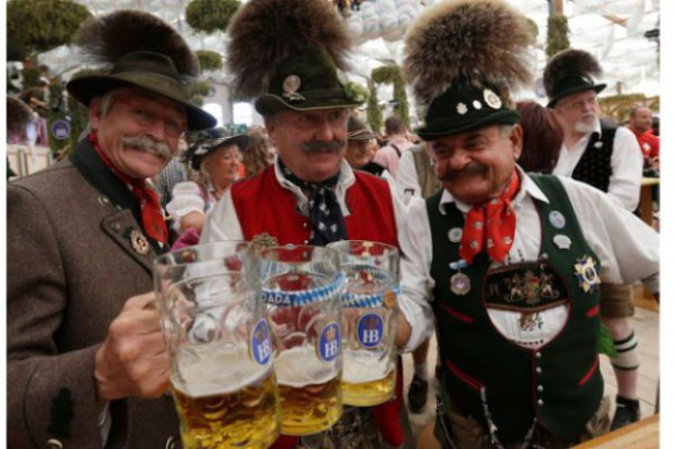 Rozpoczęto Oktoberfest - największy festiwal piwny na świecie
