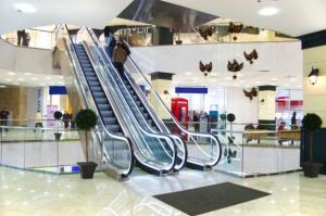 Moda pokonała supermarkety w centrach handlowych
