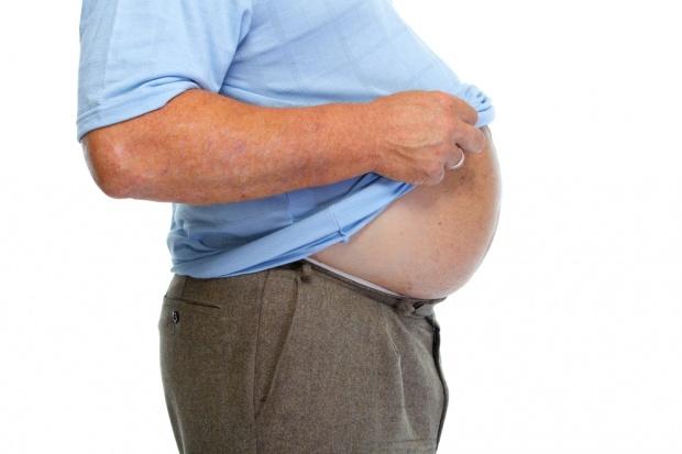 Raport WHO: Europejczycy coraz bardziej otyli! Za dużo piją i palą