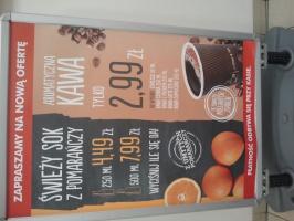ZdjÄ™cie numer 5 - galeria: Biedronka testuje w sklepach stoiska z kawÄ… na wynos