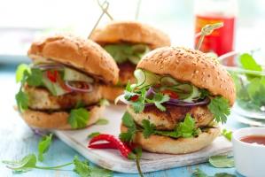 McDonalds rozpoczyna sprzedaż... bio burgera