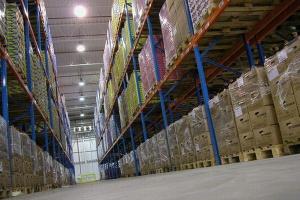 E-handel wynajmuje coraz więcej magazynów