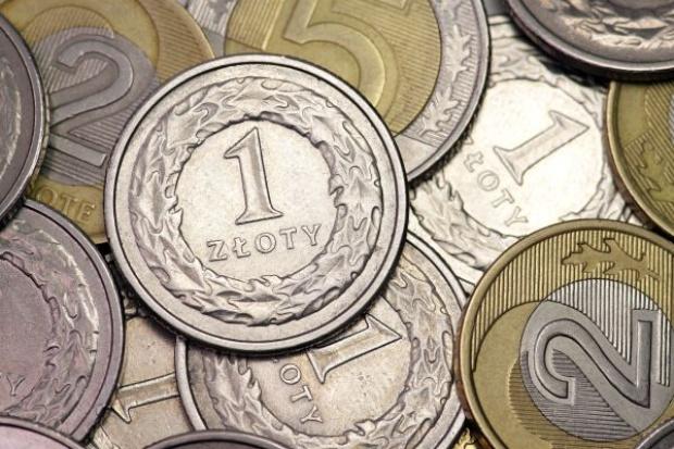 Złotówka umacnia się wobec dolara