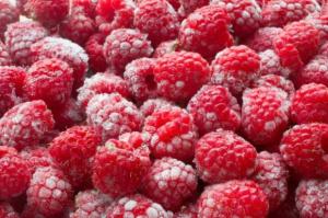 Wzrost produkcji mrożonych owoców; spadek - warzyw