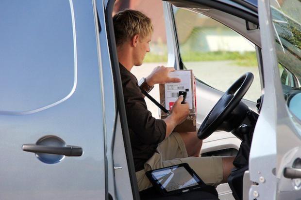 Kongres OneCargo: Przesyłki dostarczane do bagażników aut odmienią e-handel?