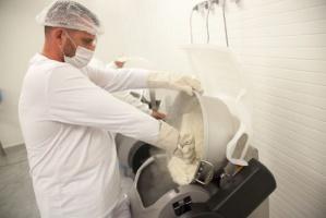 Zdjęcie numer 3 - galeria: Sushi Factory otworzyło dużą fabrykę pod Poznaniem. Planuje kolejne inwestycje