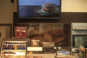 Zdjęcie numer 25 - galeria: Shell powalczy o klienta Żabki. Uruchamia sklep osiedlowy w nowym koncepcie - fotogaleria