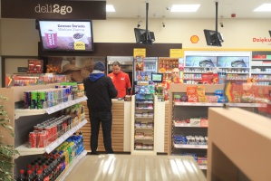 Shell powalczy o klienta Żabki. Uruchamia sklep osiedlowy w nowym koncepcie - fotogaleria