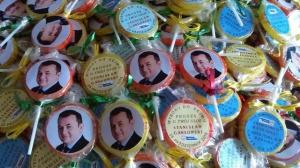 Lizaki, miód, kanapki: oryginalne gadżety wyborcze