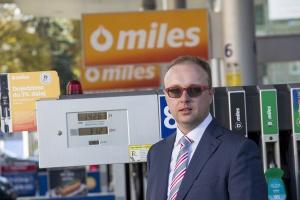 Statoil może wyjść ze sklepami poza stacje paliw