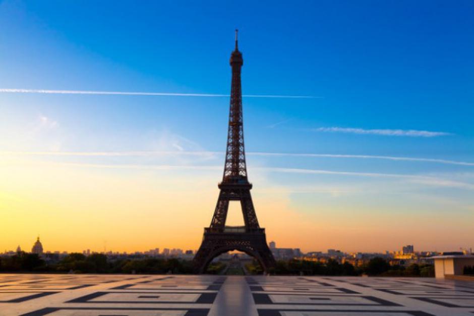 Paryż: Co najmniej 120 osób nie żyje po serii zamachów terrorystycznych