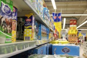 Szydło zapowiedziała w expose opodatkowanie sieci handlowych