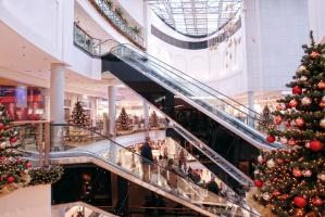 Bożonarodzeniowy wystrój sklepów w listopadzie już nie szokuje