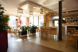Zdjęcie numer 4 - galeria: Sieć KFC inwestuje w nowy wystrój restauracji (zdjęcia)