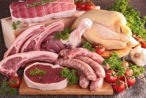 Statystyczny Polak zjada rocznie 38 kg wieprzowiny, 25 kg drobiu i 2 kg wołowiny